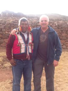 Con el maestro Isidro Callorumán